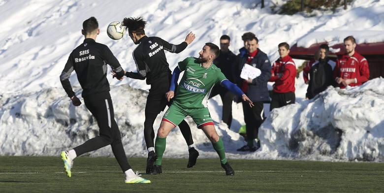 Derbowy sparing Resovia II - Watkem Korona Bendiks Rzeszów zakończył się zwycięstwem Korony (2:0).