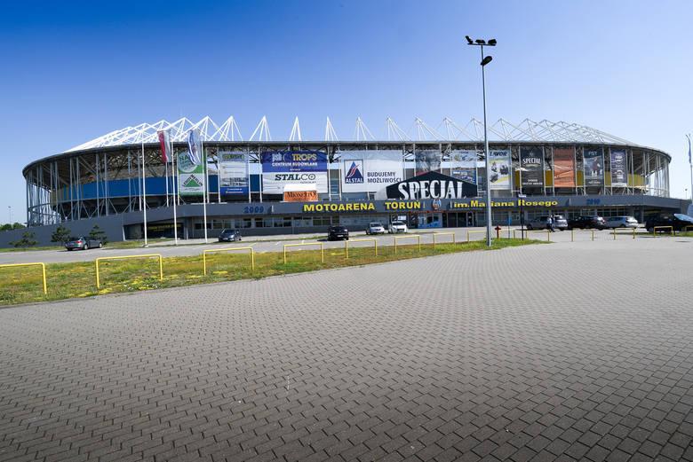 Toruńska Motoarena od kulis. Zaglądamy w miejsca na toruńskim stadionie, do których zwykle kibice nie mają dostępu. Co widzi sędzia ze swojego fotela?