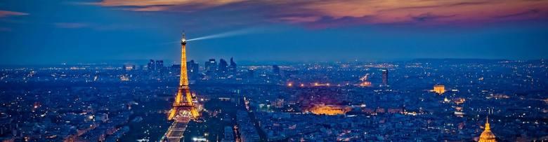 Paryż: Plac TrocaderoFrancja także boryka się z pandemią, która zdążyła rozprzestrzenić się po całym kraju. W drugim tygodniu marca francuski rząd podjął
