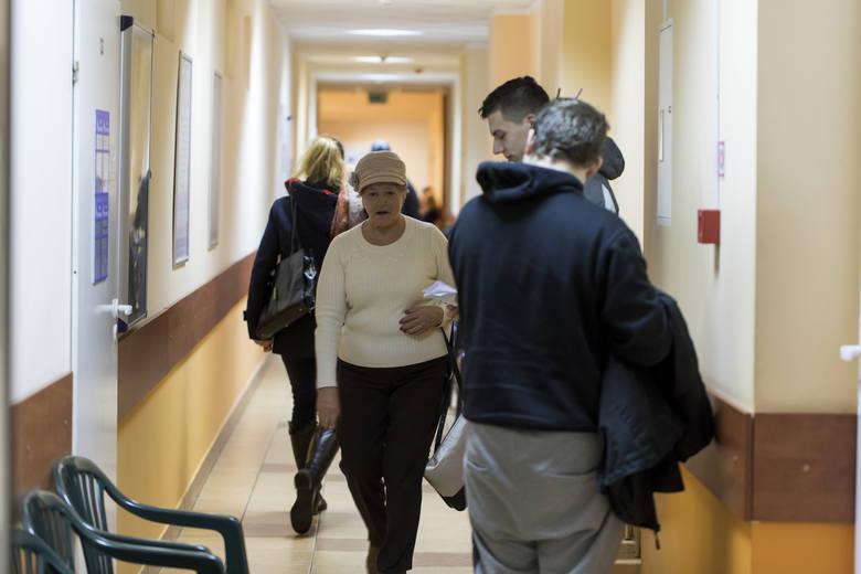 Do łódzkiego NFZ w ubiegłym roku wpłynęło o połowę mniej skarg na służbę zdrowia niż rok wcześniej