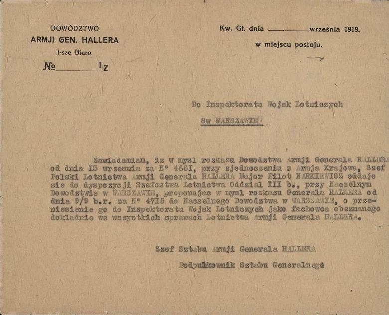 Kim był major pilot Władysław Waldemar Narkiewicz? Jego historię poznajemy dzięki rodzinnym skarbom, które przez lata leżały w szufladzie...