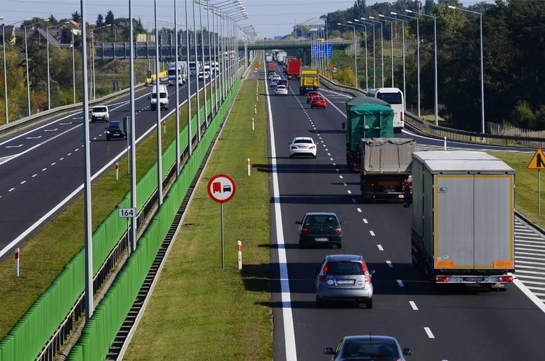 Na autostradzie A2 ścigały się ciężarówki?