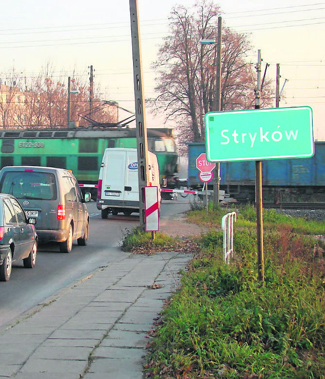 Z danych Urzędu Statystycznego w Łodzi z 2015 roku wynika, że Łódź zajmuje obszar 293 kilometrów kwadratowych. Powierzchnia miasta nie zmieniła się od lat. Znaczne powiększenie jej obszaru nastąpiło pod koniec lat 80., gdy Łódź wchłonęła miejscowości Nowosolną i Andrzejów.  <br />