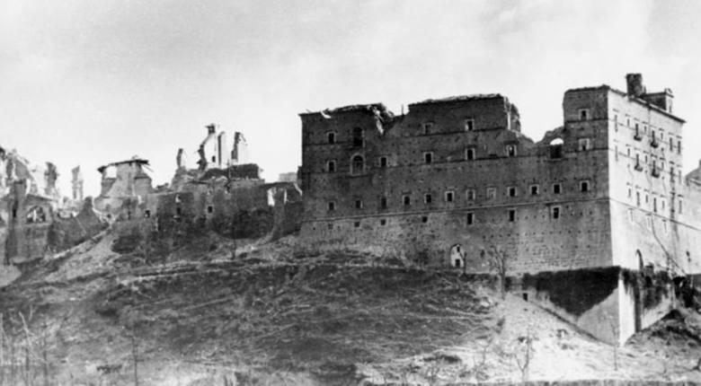 Ruiny klasztoru benedyktynów na Monte Cassino