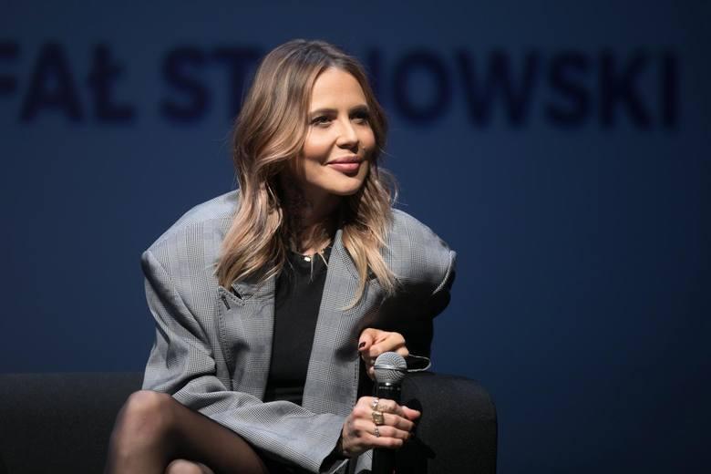 Maja Sablewska swoją przygodę z show-biznesem rozpoczynała jako stylistka gwiazd, aby teraz stać się jedną z nich. Celebrytka należy do osób, które chętnie