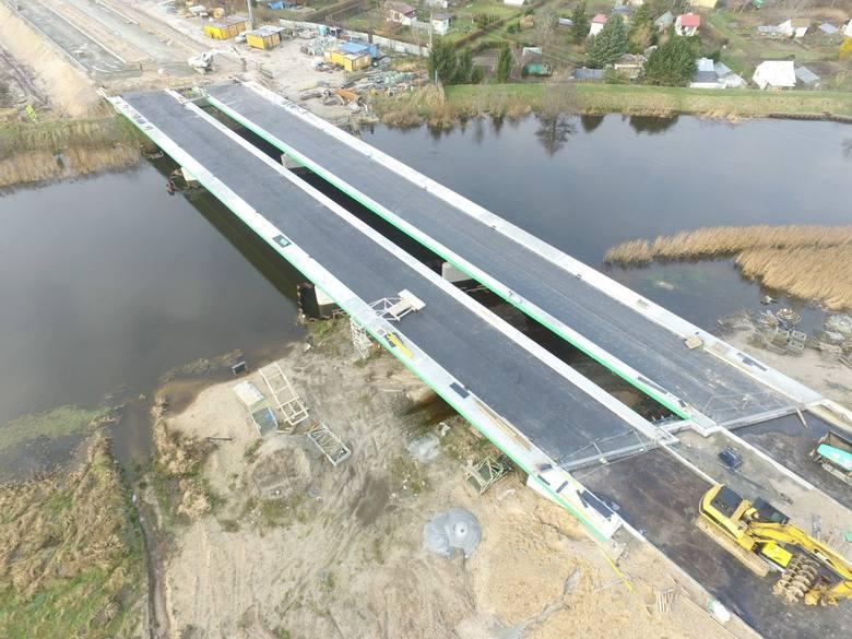W naszym regionie trwa realizacja drogi ekspresowej S6. Zobaczcie zdjęcia z prac prowadzonych na odcinku Kołobrzeg Zachód-Ustronie Morskie.Zobacz także