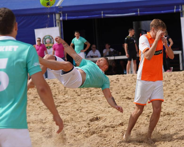 Piłkarze plażowi Hetmana Tykocin są blisko awansu do ekstraklasy