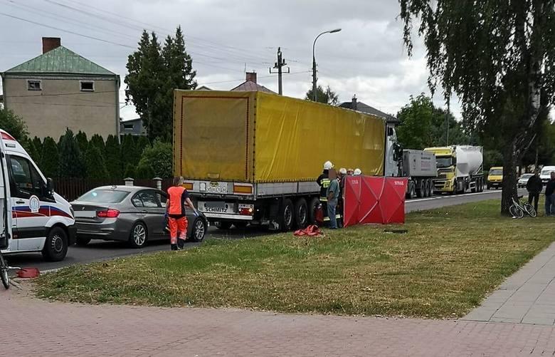 Sztabin. Śmiertelny wypadek rowerzystki: Kobieta zginęła w zderzeniu z ciężarówką (03.07.2019)Zdjęcie pochodzi z grupy Kolizyjne Podlasie na Faceboo
