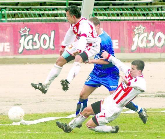 <strong>Stal Rzeszów – Resovia 1:0 (0:0)</strong><br /> <strong>Bramka</strong>: Imiołek 83