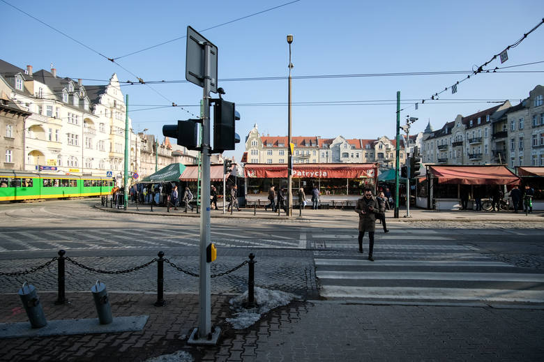 Na skrzyżowaniu ulic Dąbrowskiego, Kościelnej i Kraszewskiego wciąż działa sygnalizacja