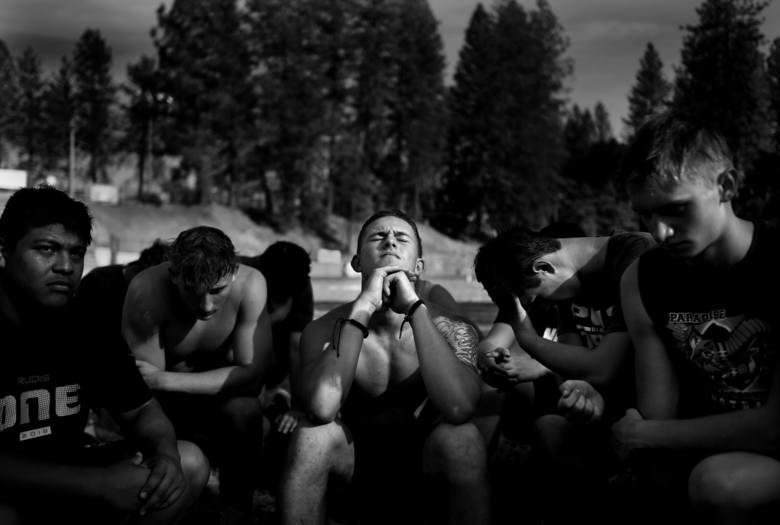 Zwycięzca w kategorii sport storyPowstać z popiołów Fot. Wally Skalij, United States, Los Angeles Times