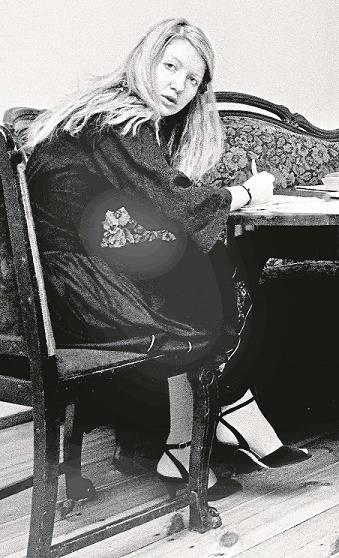 Małgorzata Niezabitowska - jej przemycony dziennik ze stanu wojennego został opublikowany na Zachodzie