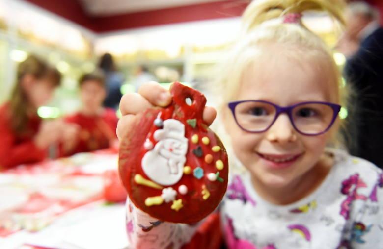 W niedzielę, 16 grudnia, odbyła się ostatnia w tym roku impreza w Lubuskim Centrum Winiarstwa w Zaborze. Tym razem w świątecznej atmosferze.Zobacz film:Organizatorzy
