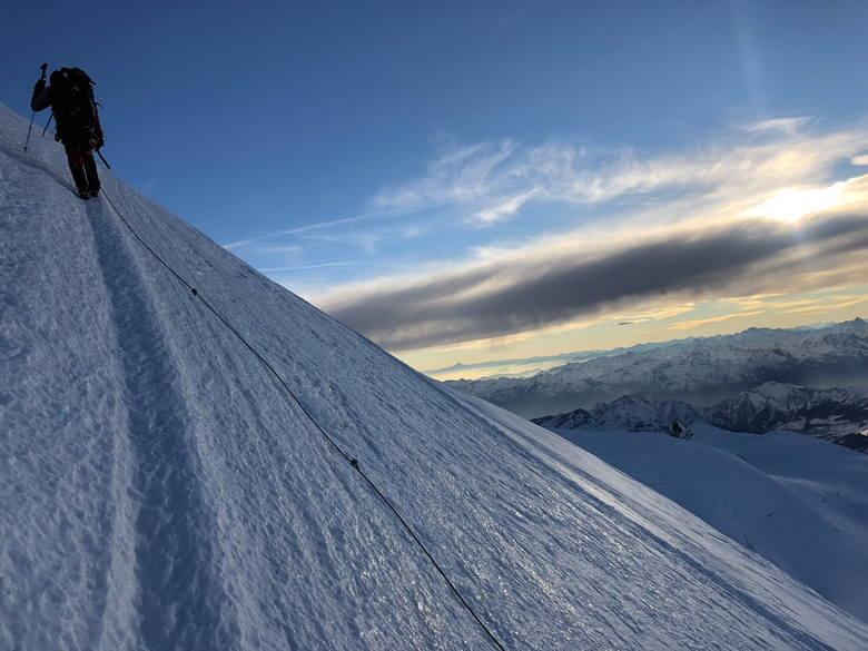 Skierniewiczanin zdobył alpejski szczyt Zumsteinspitze z pasma Monte Rosa<br />
