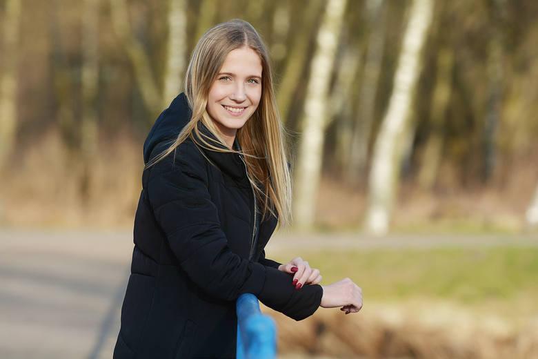 Anna Kozłowska z Radomia to kandydatka do tytułu Miss Ziemi Radomskiej 2019 z numerem 4. Jeździ na rolkach i łyżwach, kocha taniec towarzyski i hip-hop