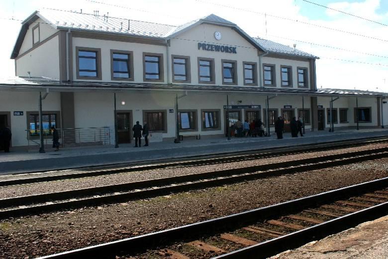 Dworzec kolejowy w Przeworsku po remoncie [ZDJĘCIA]