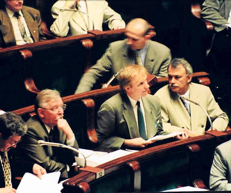 Obrady Sejmowej Komisji Nadzwyczajnej na Sali Posiedzeń Sejmu.