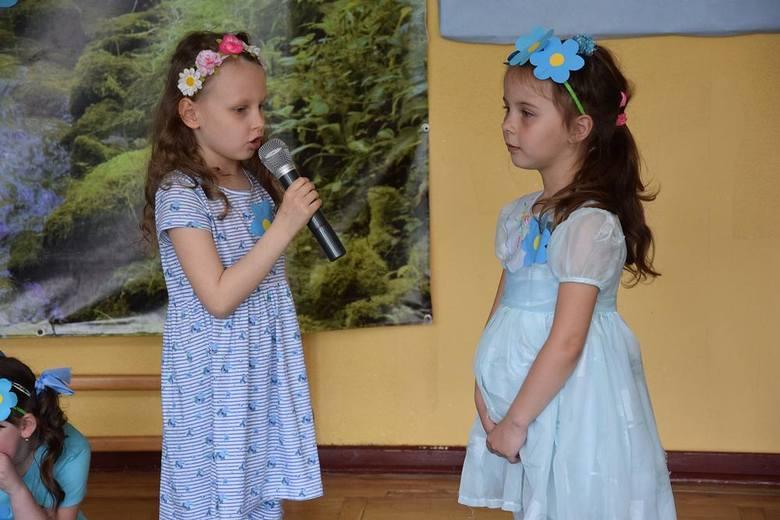 Święto Polskiej Niezapominajki w Przedszkolu nr 3 [FILM, ZDJĘCIA]