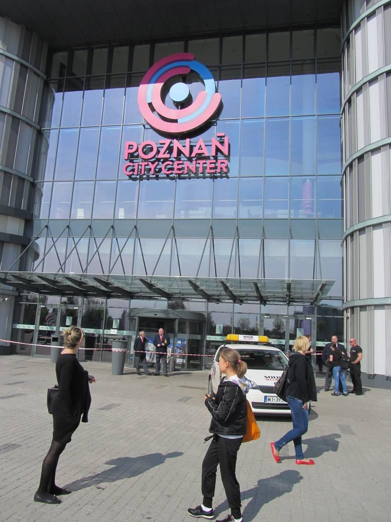 Dzisiaj i jutro Centrum Handlowe Poznań City Center będzie nieczynne. Termin  otwarcia zależy od tego wyników kontroli jaką na kazał nadzór budowlany