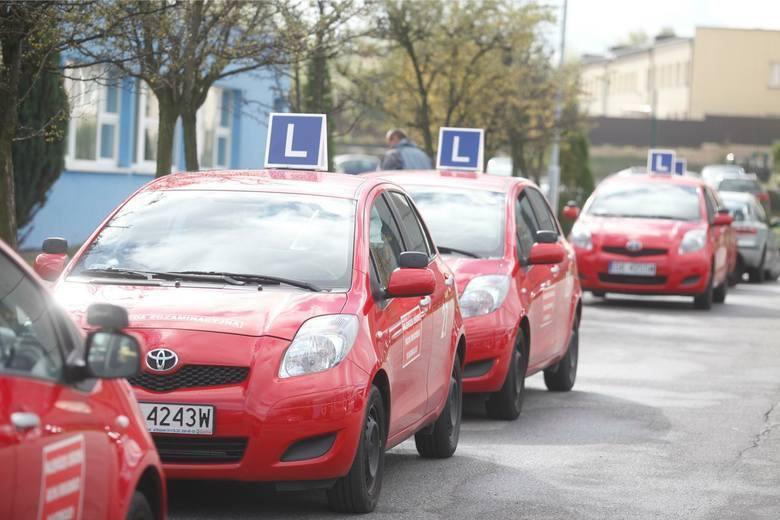 Sprawdźcie, które ośrodki nauki jazdy w województwie śląskim polecają nasi internauci.Zobacz kolejne zdjęcia. Przesuwaj zdjęcia w prawo - naciśnij strzałkę
