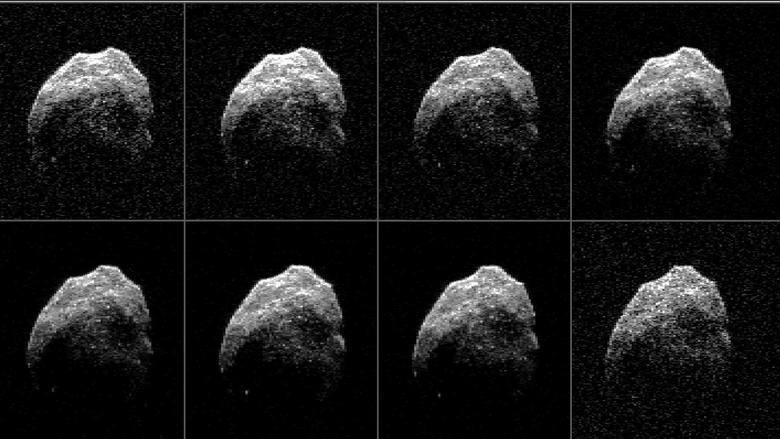 Asteroida TB145:- mierzy pomiędzy 625 a 700 metrów- porusza się z prędkością 125 tys. km/h- prawodpodobnie jest wymarłą kometą, która odbija ledwie 5%