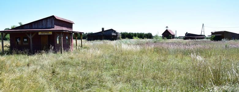 Kosin, mała miejscowość pod Drezdenkiem, na granicy Lubuskiego i Wielkopolski. Kiedyś to miejsce tętniło życiem. Mieścił się tu Ośrodek Turystyki i Rekreacji