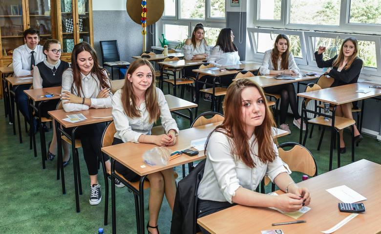 Po uwzględnieniu wyników egzaminu poprawkowego w województwie kujawsko-pomorskim maturę zdało w tym roku 86 proc.uczniów.