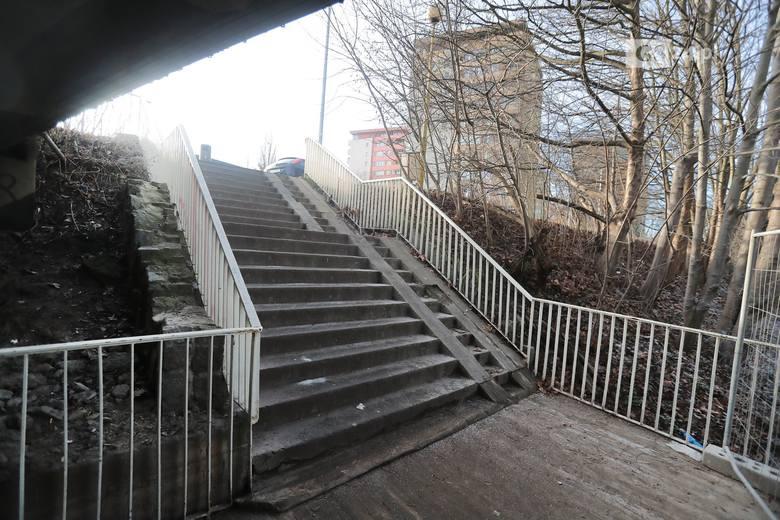 Przejście pod ul. Sczanieckiej w Szczecinie w końcu czyste. Oświetlenie też ma być [ZDJĘCIA]
