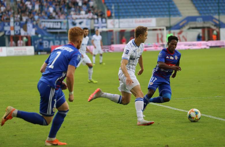 Wprowadzony w tym sezonie PKO Ekstraklasy przepis o konieczności wystawienia młodzieżowców wzbudzał przed startem rozgrywek wiele kontrowersji. Wiadomo