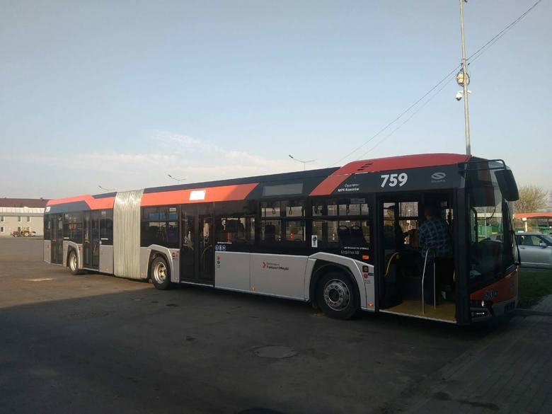 W sumie rzeszowskie MPK zyska w tym roku 50 nowych autobusów,które kosztować będą łącznie prawie 95 mln zł. Dziesięć 12-metrowych dostarczył już sanocki