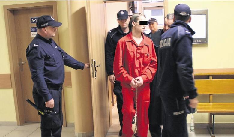 Sąd przyjął, że oskarżony z motywów rasistowskich groził właścicielowi punktów z  kebabem