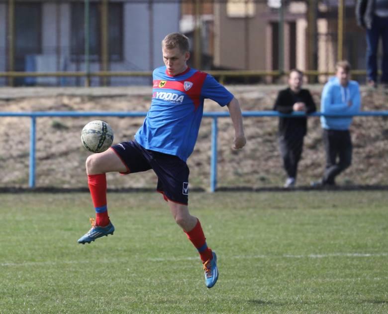 Piłkarze KS Wasilków w próbie generalnej przed startem nowego sezonu przegrali 0:2 z Ruchem Wysokie Mazowieckie