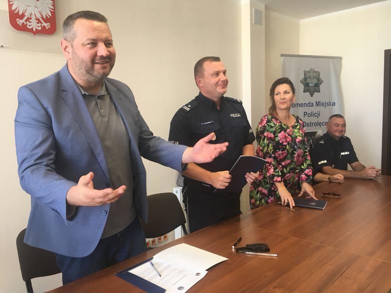 Ostrołęka. Uczniowie ZSZ nr 3 będą mogli poczuć się jak prawdziwi policjanci. Porozumienie między szkołą, miastem a KMP podpisane