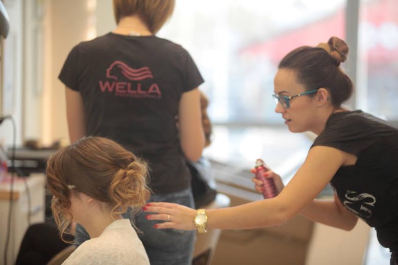 Agata Stoppel-Malinowska przy pracy. Do zdobytych wyróżnień może dodać medal rzemiosła.