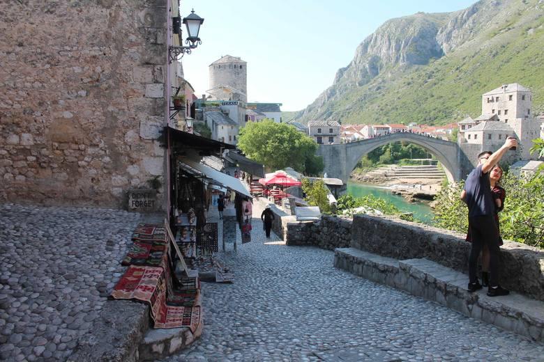 A to już Mostar ze słynnym mostem.