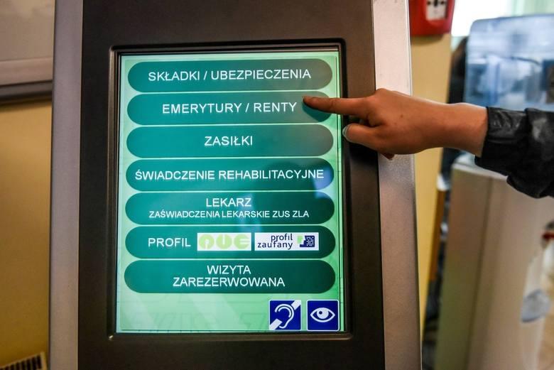 """Według danych """"Społecznego Przeglądu Emerytalnego 2019"""" przygotowanego przez ekspertów Instytutu Emerytalnego w 2049 r. ponad 1/3 Polaków"""