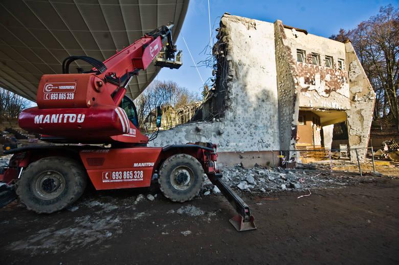 Trwa remont koszalińskiego amfiteatru. Jak przebiegają prace? Zobaczcie najnowsze zdjęcia!Planowany zakres inwestycji, którą ma wykonać Budimex, to widownia