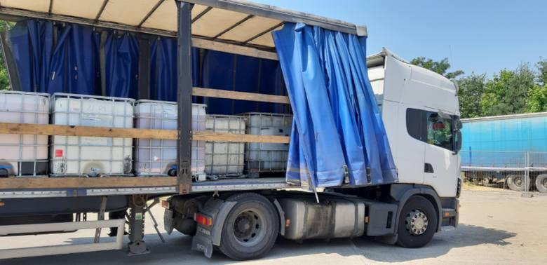 Kolejne tony odpadów wywieziono z ul. Sosnowej w Żorach
