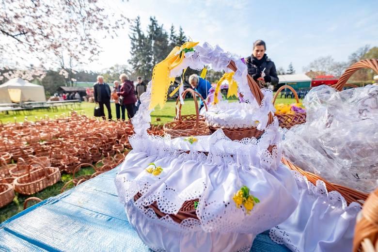 Wielkanoc w Polsce niewątpliwie kojarzy się z koszykiem wielkanocnym i tradycją święcenia pokarmów. Z tego powodu wikliniarze z okolic Nowego Tomyśla