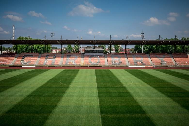 Po raz piąty z rzędu Polski Związek Piłkarzy przygotował klasyfikację najlepszych muraw w Fortuna 1 Lidze. Oceny w skali 1-5 wystawili zawodnicy poszczególnych