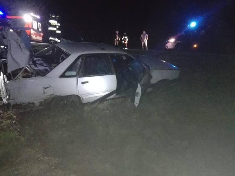 W niedzielę o godz. 20:45 strażacy z OSP Brańsk zostali skierowani na trasę Kalnica-Kadłubówka gdzie doszło do wypadku drogowego.