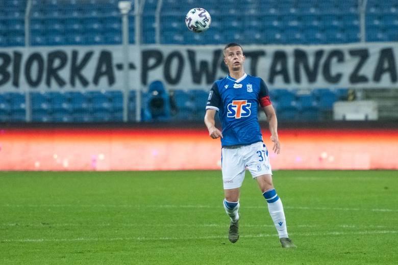 Stoper Lecha ma sporą konkurencję w składzie, ale jego transfer do polskiej ligi był strzałem w dziesiątkę. Satka regularnie gra w reprezentacji Słowacji,