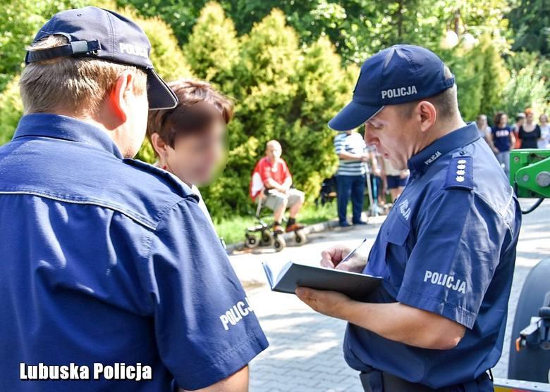 Oddział rehabilitacji sulechowskiego szpitala stał się poligonem wspólnych ćwiczeń policji, straży pożarnej i straży miejskiej. Takie działania są konieczne,