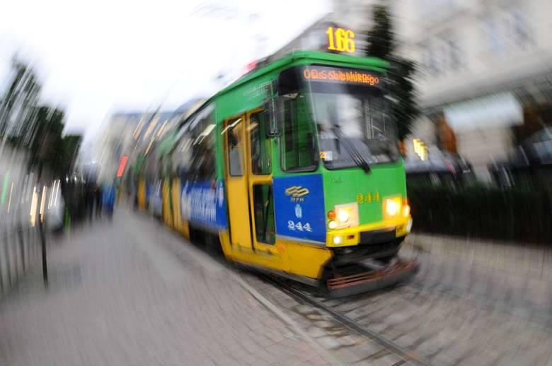 Uszkodzony tramwaj blokował trasę na Rataje