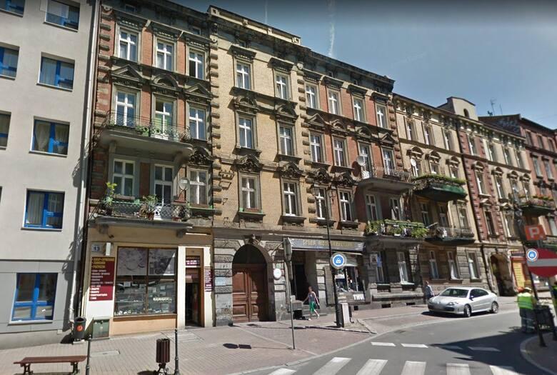 """Katowice oferują mieszkania czynszowe w centrum miasta. Na liście znajdziesz podstawowe dane lokali w ramach programu """"Mieszkanie za remont"""": adres,"""