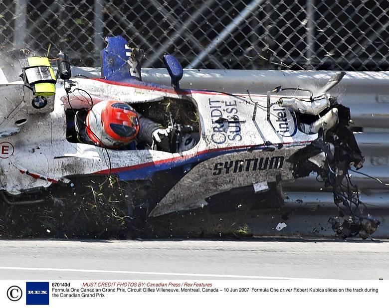 Pierwsze poważny wypadek przydarzył się jednak Kubicy znacznie wcześniej. 10 czerwca 2007 roku podczas GP Kanady Formuły 1 najszybszy polski kierowca