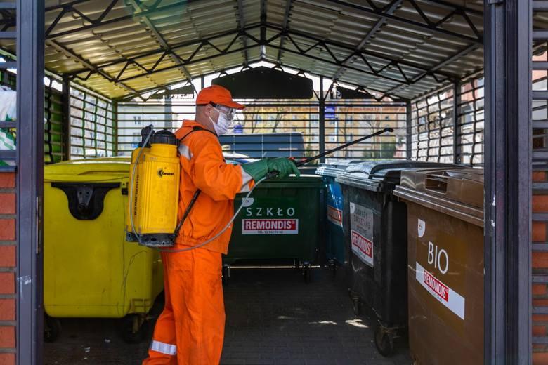W najbliższych dniach pracownicy Remondisu będą dezynfekowali wiaty śmietnikowe na Osiedlu Leśnym, Bartodziejach i Jachcicach.