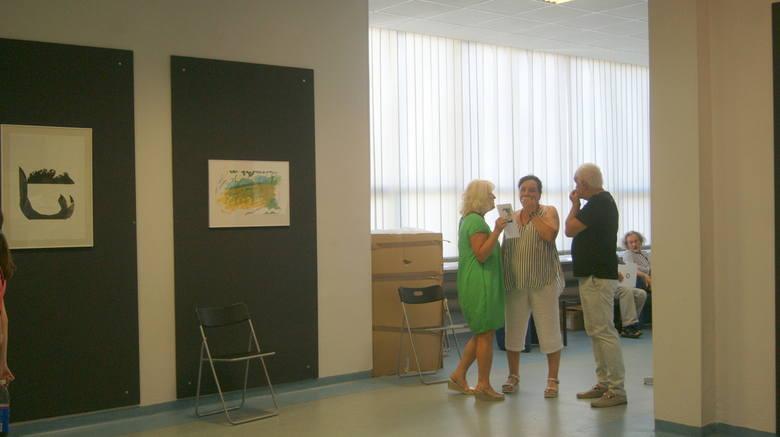 Czytać pismo chmur, czyli wernisaż wystawy Danuty Wieczorek w MBP w Skierniewicach [ZDJĘCIA, FILM]