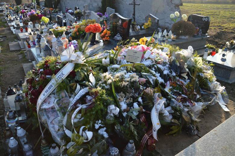 Grób Krystyny Dudek, została pochowana w Libiążu