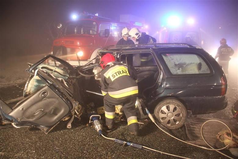 Na DK 46 zderzyły się trzy samochody.